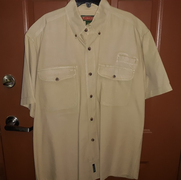 Flyshackle Clothing Co. Other - Medium Short Shelve Mens Shirt.